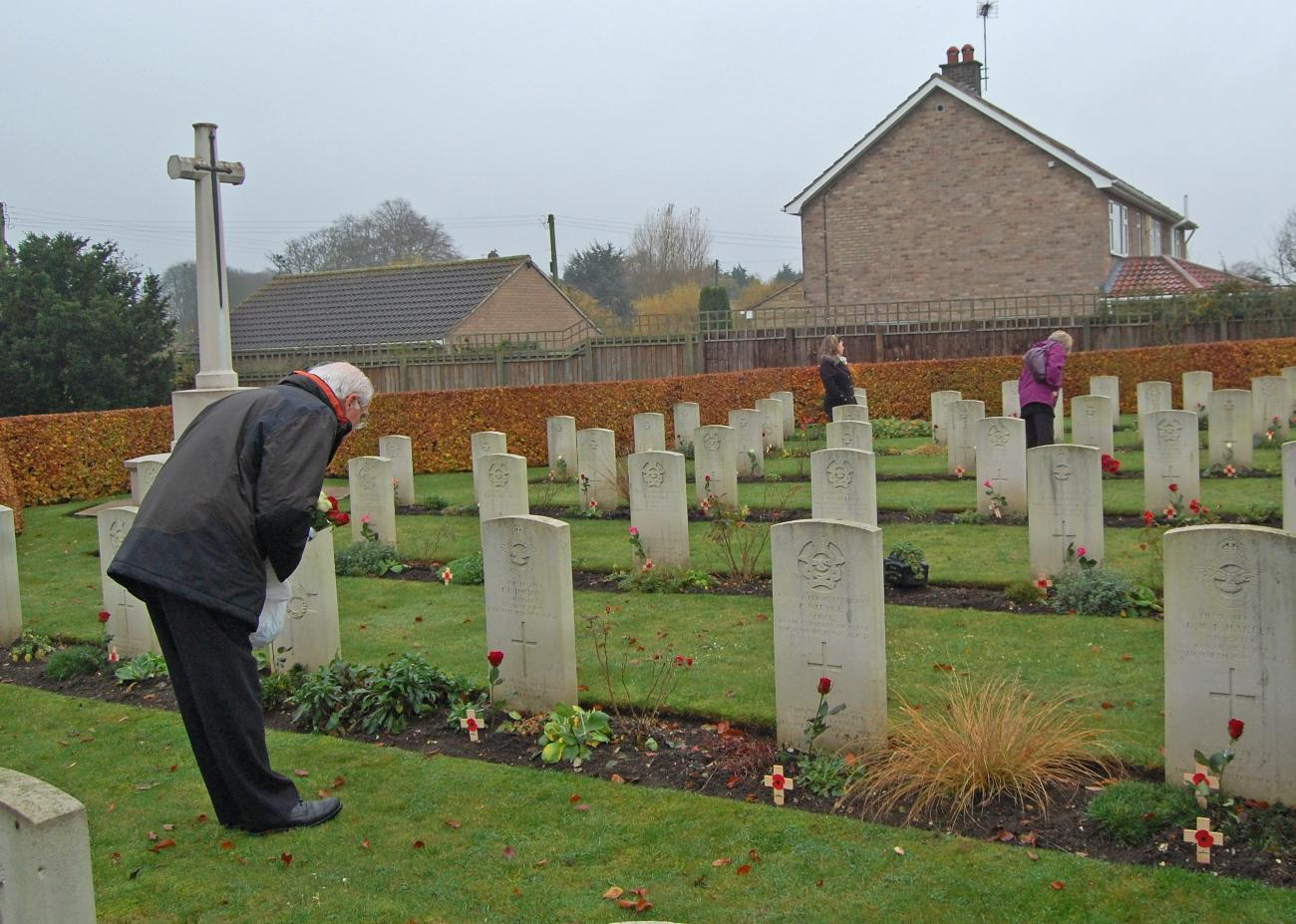 Laying out roses at St. Catherines, Barmby Moor on Rem Sunday 2011 - 102 Ceylon Squadron