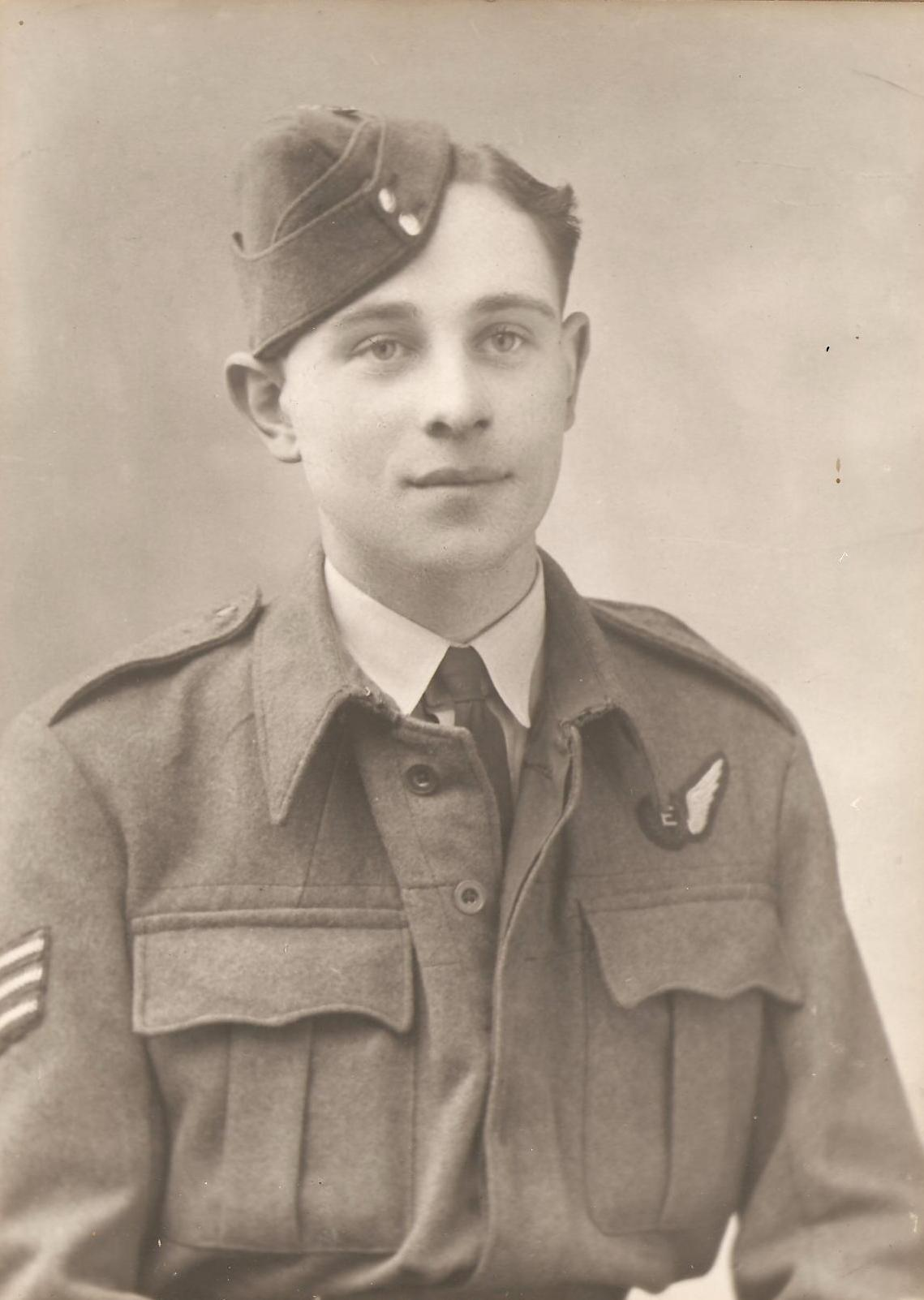 Dennis George Brailsford Smith - 102 Squadron